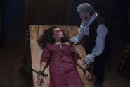 Salem-Promo-Still-S1E10-07-Tituba and Increase
