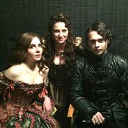 S02 Behind the scenes Elise Lucy Joe