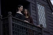 Salem-Promo-Still-S1E03-12-Tituba-Mary