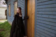 Salem-Promo-Still-S01E08-06-Anne 02