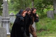 Salem-Promo-Still-S1E09-11-Cotton Anne Alden Cemetery 03