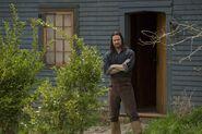 Salem-Promo-Still-S01E08-08 John Alden 02