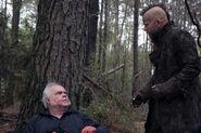 Salem-Promo-Still-S01E08-36-George Petrus