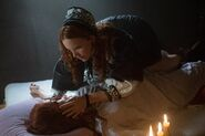 Salem-Promo-Stills-S3E06-15-Anne Bewitching Gloriana