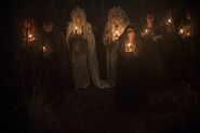 Salem-Promo-Still-S3E01-02-Good Mother and Witches
