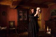 Salem-Promo-Still-S1E10-29-Anne and Traveler's Mask