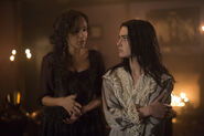 Salem-Promo-Stills-S2E04-01B-Tituba and Mary