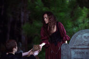 Salem-Promo-Still-S01E07-20-Tituba and Mercy Malum 01
