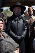 Salem-Promo-Still-S01E08-17-Magistrate Hale