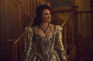 Salem-Promo-Stills-S2E13-03-Countess Von Marburg