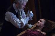 Salem-Promo-Still-S1E10-11-Increase Forks Tituba