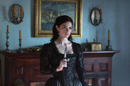 Salem-Promo-Still-S1E03-61-Mary Sibley Athame