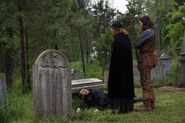 Salem-Promo-Still-S1E09-08-Cotton Anne Alden Cemetery 01