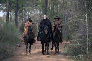 Salem-Promo-Still-S01E08-29-Increase Militia 02