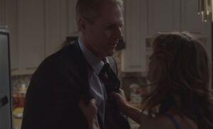 S01E11-Sandra grabs Stan.jpg