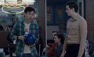 S05E03-Tuan Pasha bowling