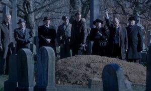 S04E05-Igor salutes Yevgeny.jpg