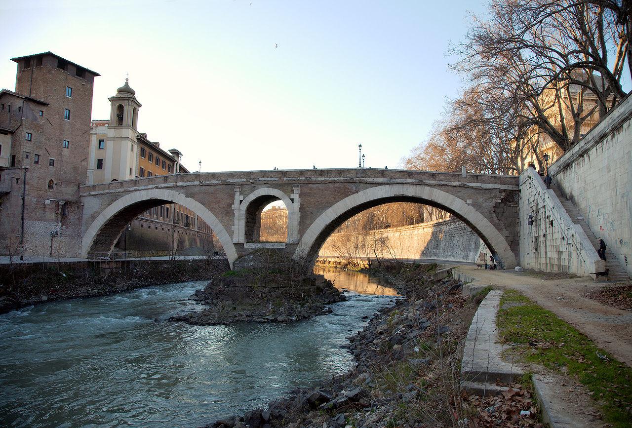 Puente Fabricio