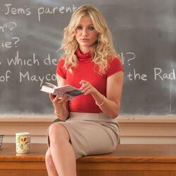 Cameron-diaz-bad-teacher-cast-interviews.jpg