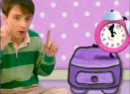Blue's Clues Sound Ideas, SQUEEZE, CARTOON - HOYT'S SQUEAKY SQUEEZE