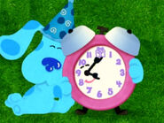 Blue's Clues Tickety Tock Hugging Blue