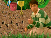 Blue's Clues Shovel and Pail with Footprints