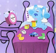 Blues-Clues-Tickety-and-Blue-bed