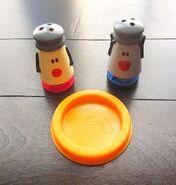 Blues-Clues-Mr-Salt-Mrs-Pepper-bubble-set