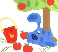 Blues-Clues-Pail-apples