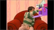 Steve grabbing the letter