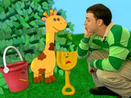 Blue's Clues Shovel and Pail with Giraffe