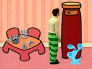 Blue's Clues Sidetable Drawer Tall