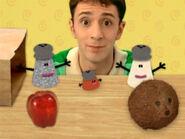 Blue's Clues Mrs. Pepper, Paprika and Mr. Salt