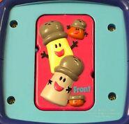 Blues-Clues-Cinnamon-opposites-block-toy