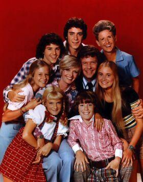 Brady Bunch Season 4 cast photo.jpg