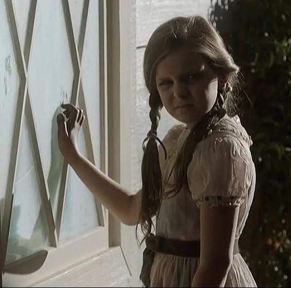 Annabelle Mullins