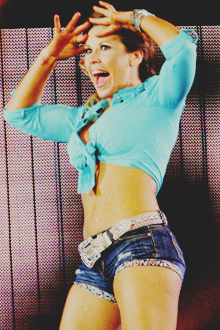 An image of the Mickie James.