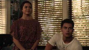 The_Fosters_-_2x14_Sneak_Peek_Jesus_&_Hayley