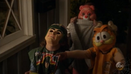 S4E05 Trick-or-treaters
