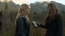 Coup de Grace 009 (Abby and Clarke).png