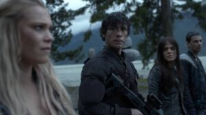 The100 S3 Red Sky at Morning Clarke Bellamy Octavia Jasper