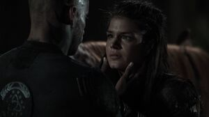 The100 S3 Wanheda Part 1 Lincoln Octavia 4