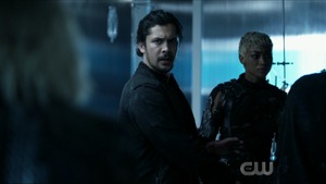 The 100 S6 epi 5 -Bellamy and Gaia pic 2