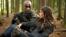 The-100-exclusive-photo-grounder.jpg