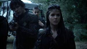 S3 episode 1 Wanheda - Octavia approached Azegada warriors