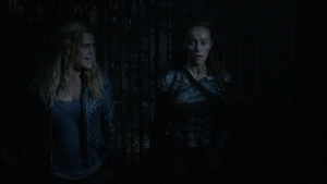 Survival of the Fittest 074 (Clarke and Lexa)