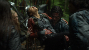 We Are Grounders (Part 1) 087 (Raven and Finn)