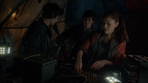 Unity Day 042 (Raven, Jasper, and Bellamy)