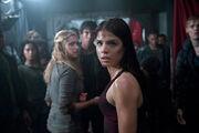 The 100-Clarke-Bellamy-Octavia-Scene.jpg