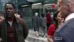 The-100-Season-3-Episode-14-Jaha & A.L.I.E